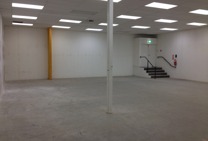 Retail space approx 200m2 photo 0